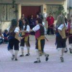 grupo de danzantes de paloteado
